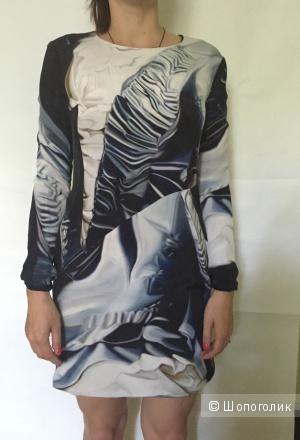 Платье Mary Katrantzou 12 размер