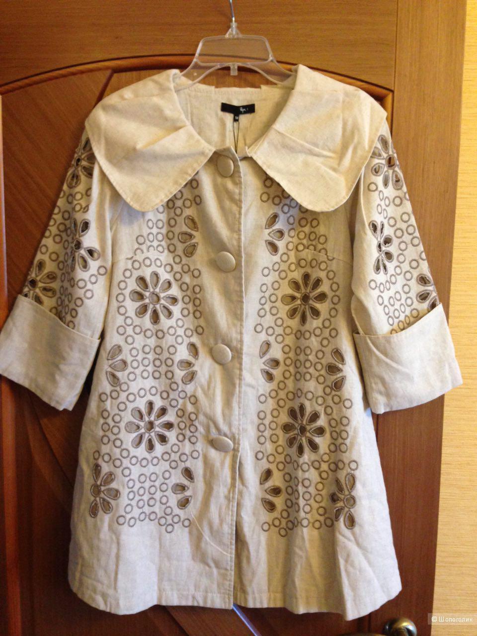 Льняной красивый удлиненный пиджак с набивной вышивкой , 100% коттон, размер M