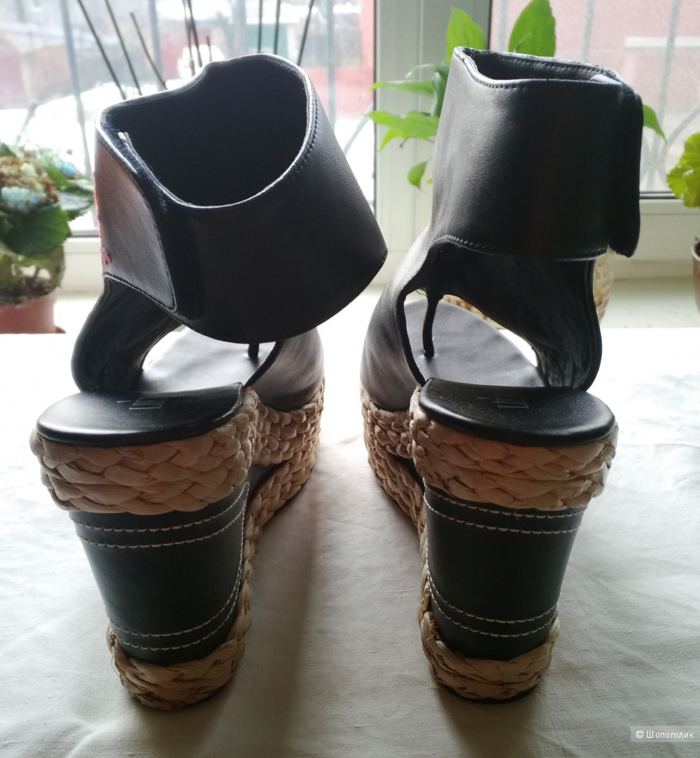 Красивые вышитые черные туфли, открытые на танкетке, перепонка, Liebo