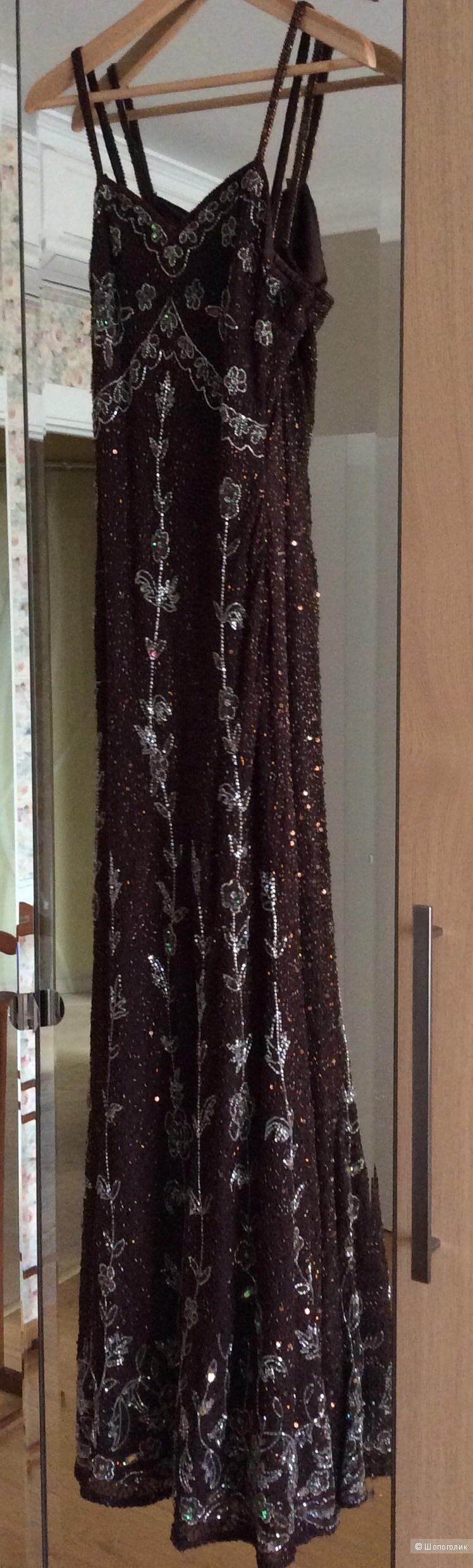 Сногсшибательное платье в пол р.46-48