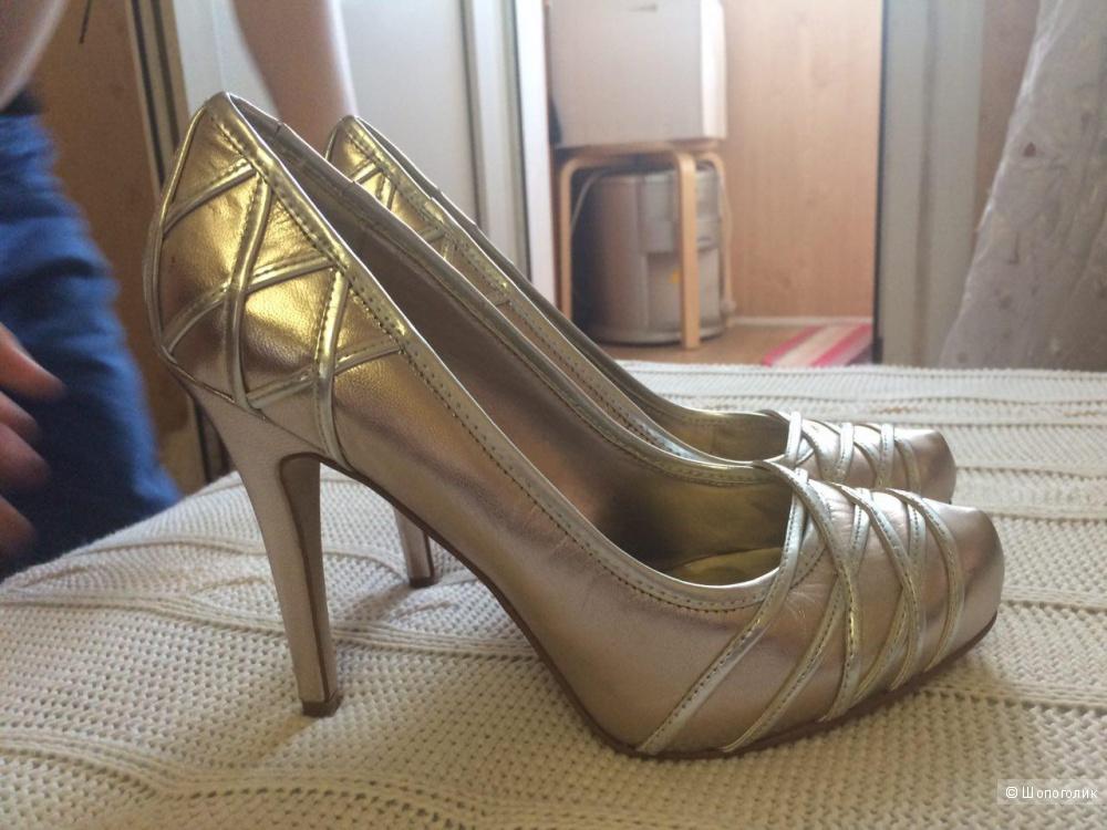 Нарядные туфли 37 размер