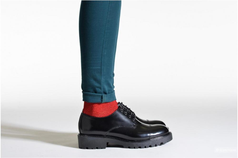 Новые ботинки VAGABOND, размер UK6.