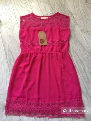 Платье бренда LOVE IN PARADISE