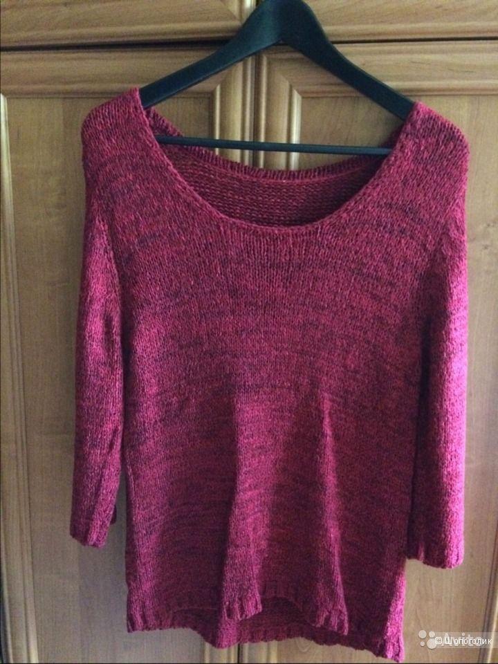 Новый свитер с широким вырезом