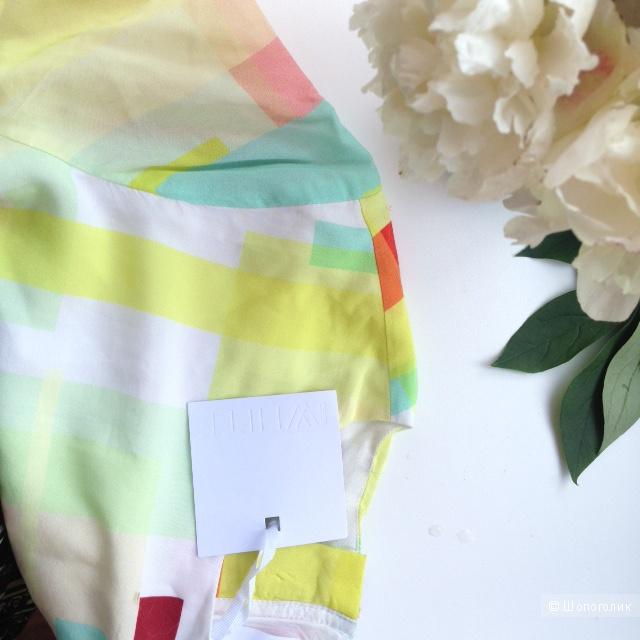 Платье-футболка с принтом колор блок ASOS WHITE