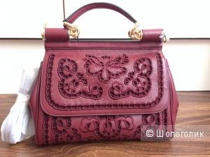 Красивейшая кожаная сумка с выбитыми узорами на коже Новая
