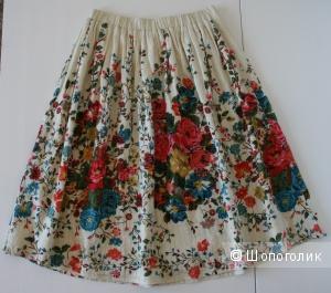 Продам хлопковую юбку с цветочным рисунком