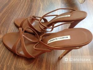 Manolo Blahnik любимый дизайнер Керри Брэдшоу:) босоножки 41 размер
