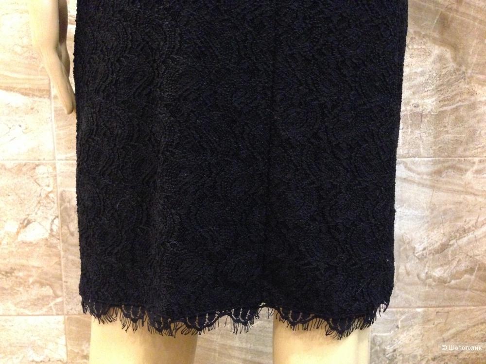 BCBG MAX AZRIA красивое черное платье из рельефного кружева р.44 Новое.Оригинал