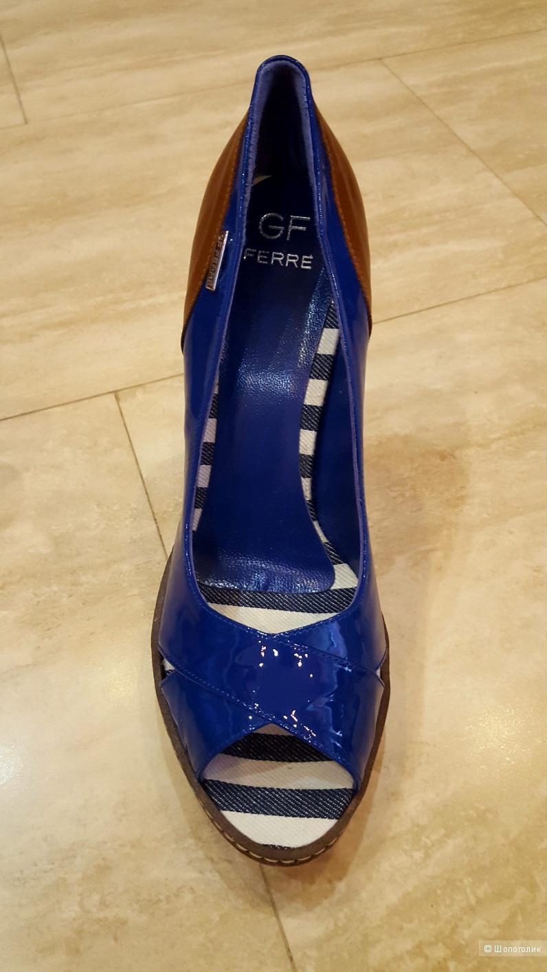 Новые туфли GF Ferre 40 размер