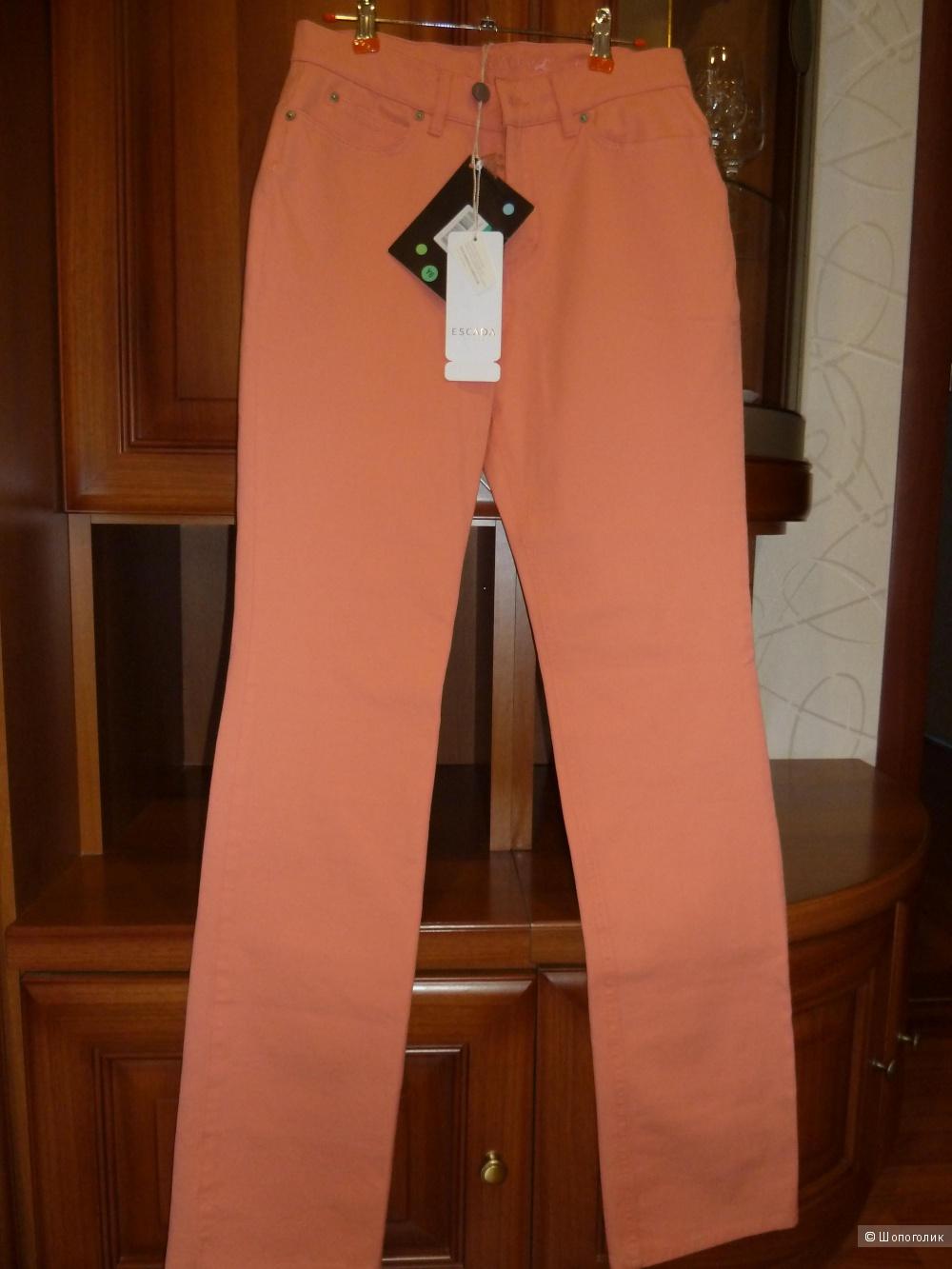 Пристрой до пятницы 8 июля ESCADA SPORT Повседневные брюки
