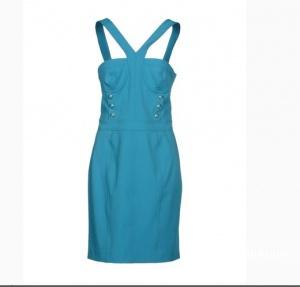 Очень эффектное и совершенное новое платье!
