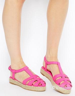 Продам новые сандали Asos размер UK4