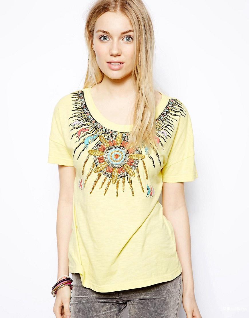 Продам женскую футболку в размере S/M
