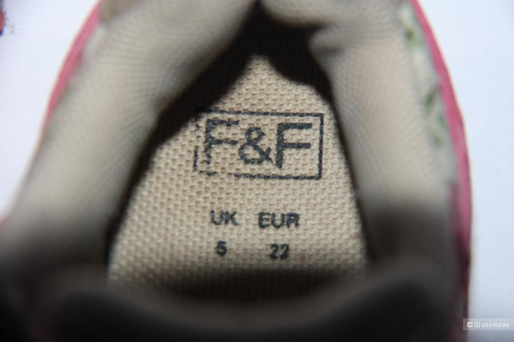 Кроссовки на девочку FF Tesco (UK 5)