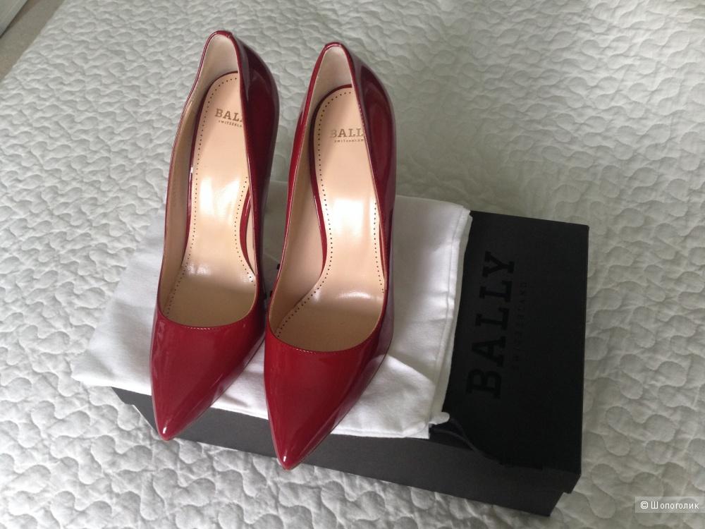 Кожаные туфли BALLY 39р.