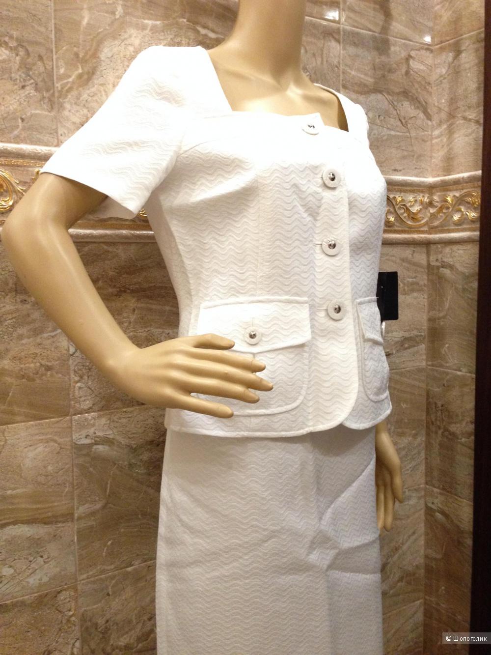 красивый белый костюм с рельефной выработкой на ткани LE SUIT р.44-46 Новый