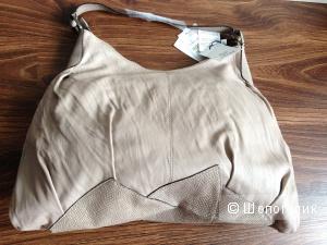 Gianfranco Ferre большая мягкая сумка из жатой кожи Новая Оригинал за 6 тыс.