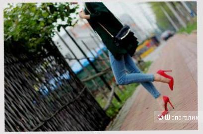 Красные туфли-лодочки