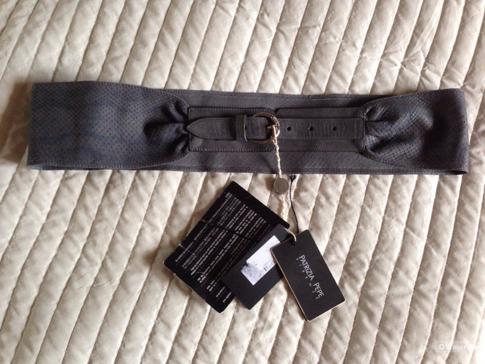 Новый кожаный ремень Patrizia Pepe  размер M