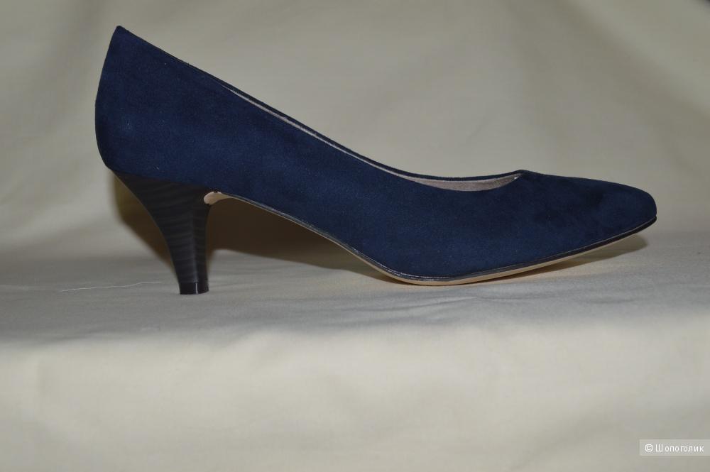Продам женские замшевые туфли Tamaris