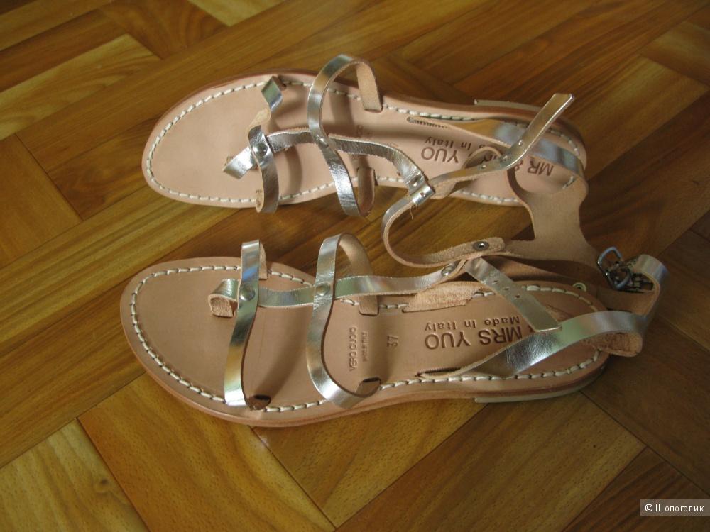 Новые сандалии итальянской марки MR & MRS YUO