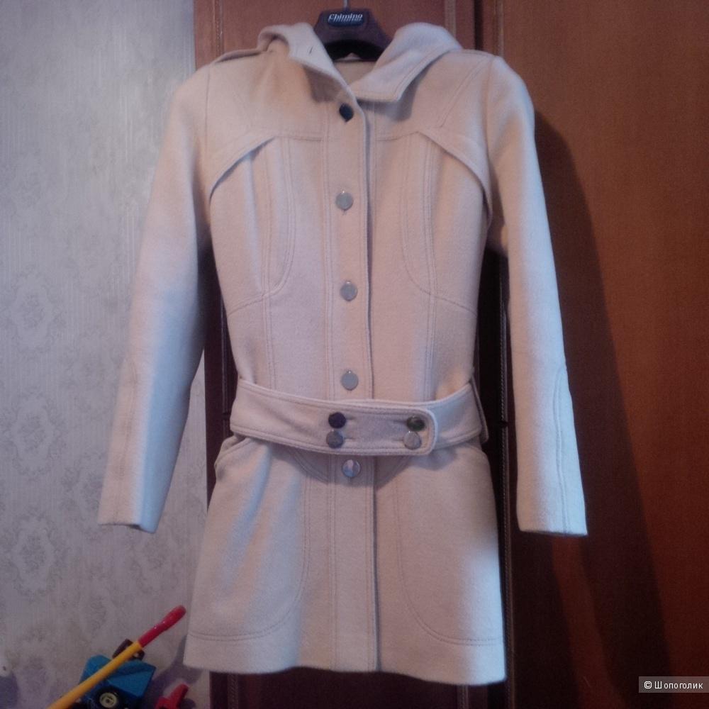 Пальто, Depeche Mode