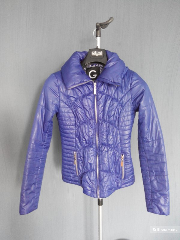Демисезонная куртка Guess 42 раз
