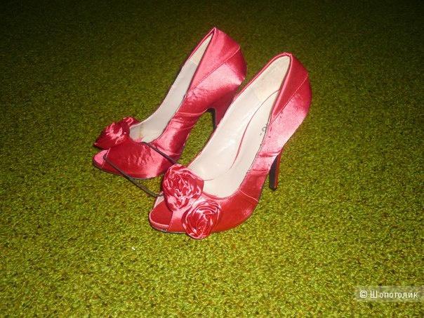 Новые атласные туфли, 37,5-38
