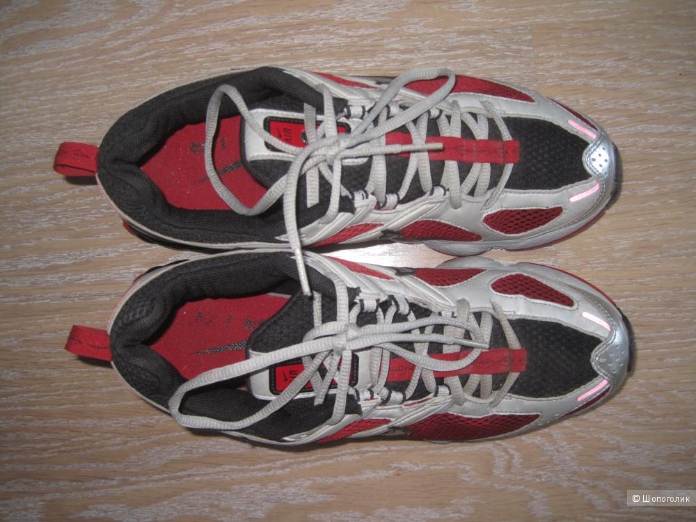 Отличные кроссовки  Nike Air