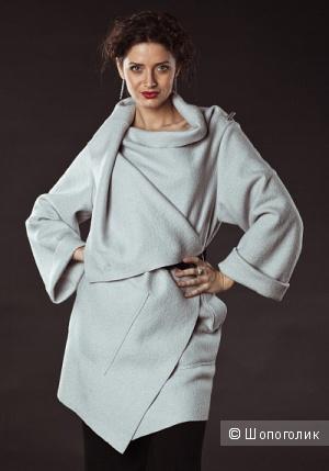 Продам пальто Gamelia василькового цвета, новое!