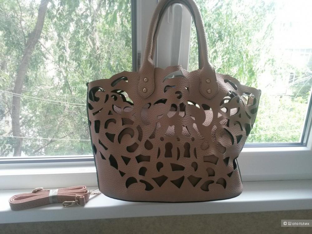 Очень красивая сумка Johnny Loves Rosie