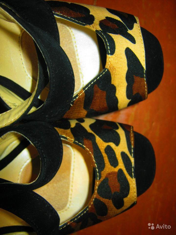 Босоножки Queen леопардовые
