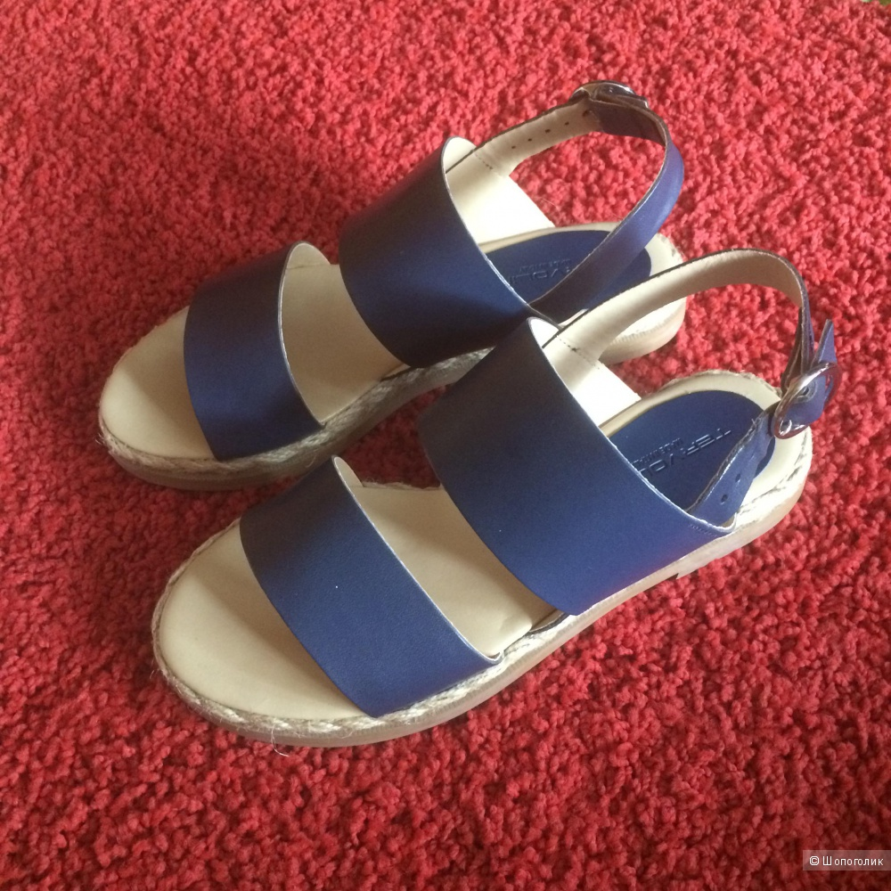 Пристрою новые сандалии Tervolina