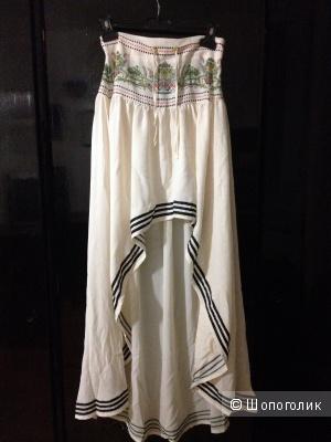 Новая стильная юбка, подол разной длины, принт, черные полоски, на стройную девушку