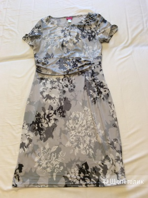 Трикотажное платье с коротким рукавом р.46-48