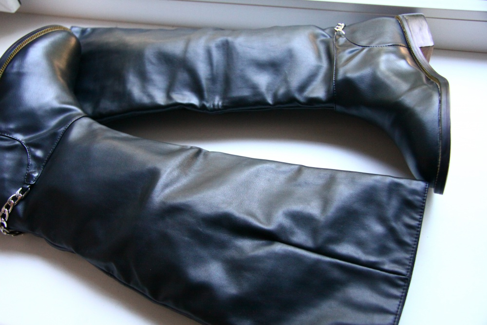 Качественные осенние сапоги из кож.зама  37 размер