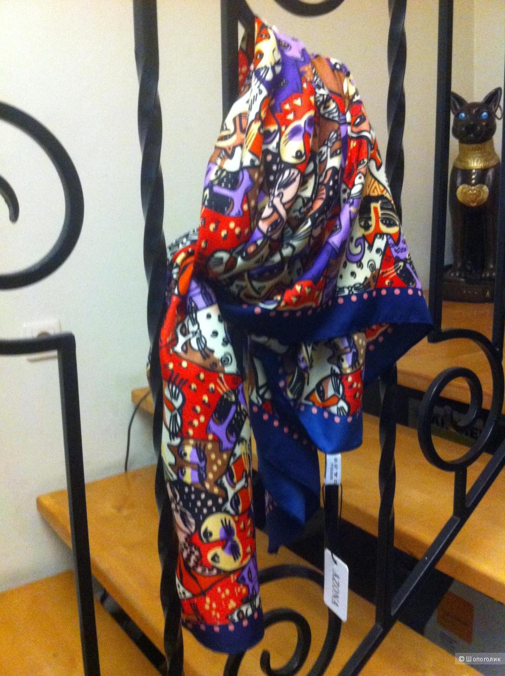 Итальянский шелковый шейный платок