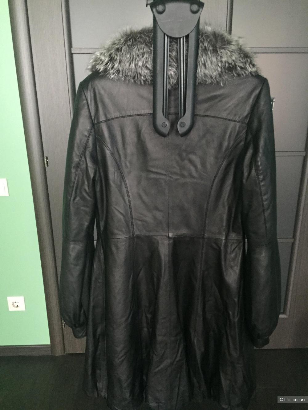 Продаю б/у кожаное утепленное пальто La Reine Blanche размер 42-44.