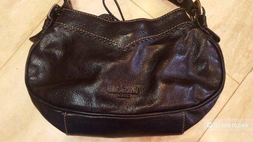 Кожаная сумка Moschino