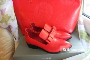 Оксфорды красного цвета для яркой девушки (37 размер)
