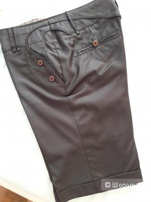 Очень красивые шорты на осень, теплую зиму 44 размер