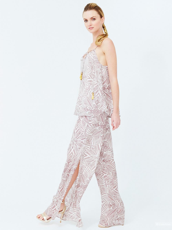 Продам шёлковые брюки с цветочным принтом Alice and Trixie размер XS