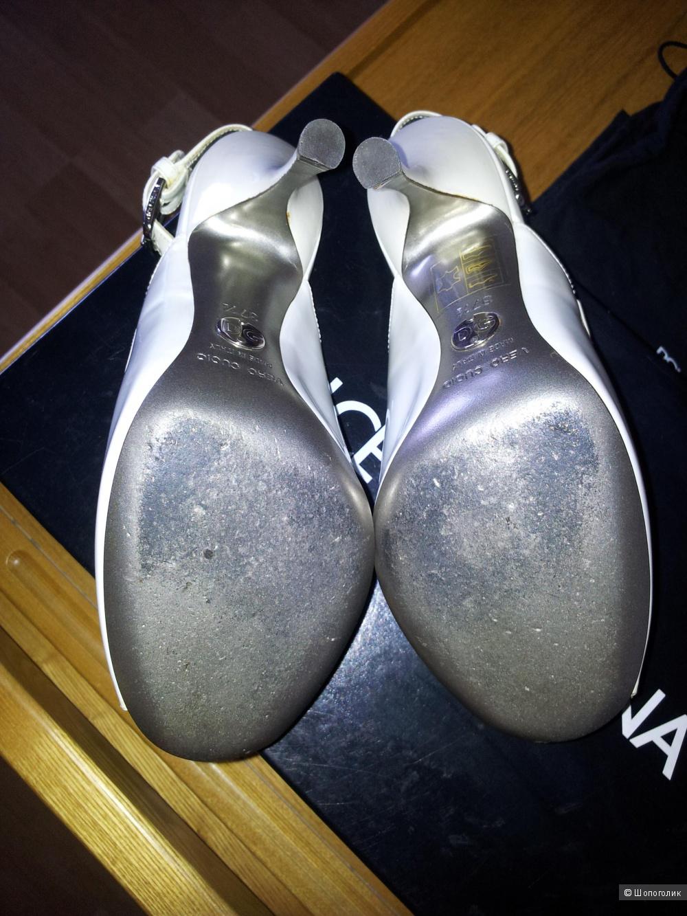 Продам туфли Dolce & Gabbana оригинал Италия размер 37,5