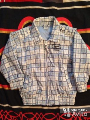 Куртка ветровка детская, указан размер 80-86 см на 12-18 месяцев. Марка LCWaikiki