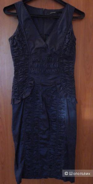 Эффектное платье итальянского бренда gaetano navarra 44 рос.