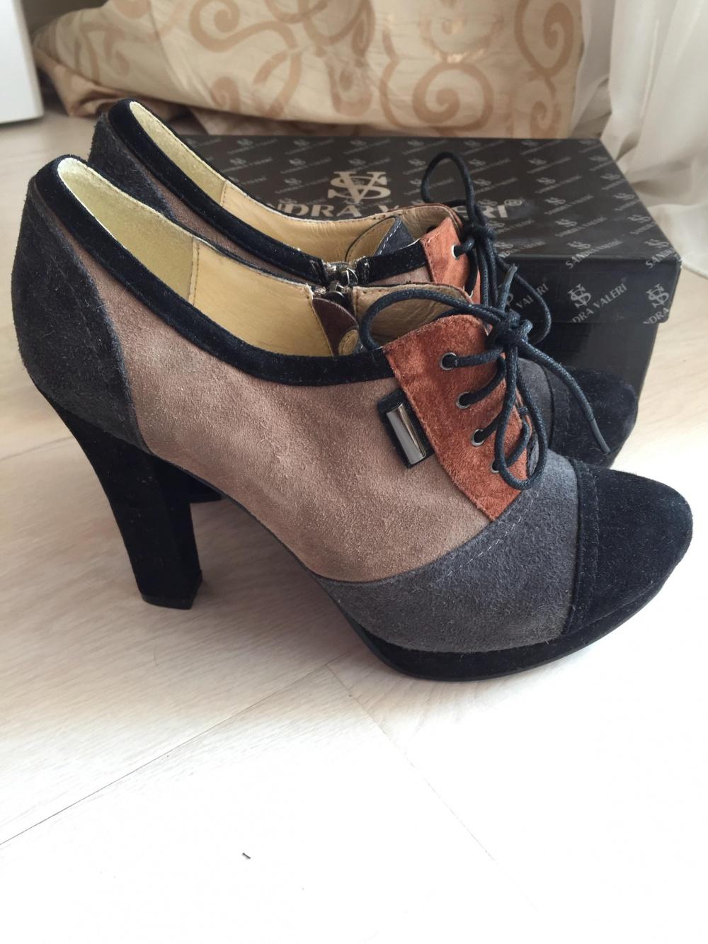 Замшевые туфли sandra valeri новые