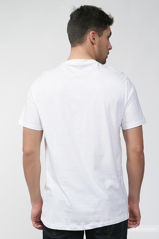 Новая  мужская футболка Gianfranco Ferre