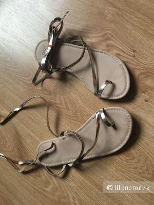 Кожаные сандалии ASOS цвета золото
