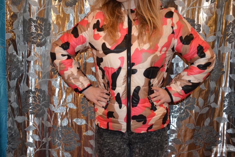 Курточка для девушки 42-44 размер